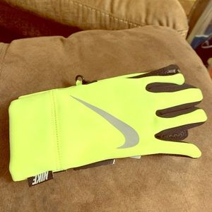 Youth Nike football gloves - with tags